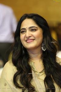 Anushka Shetty Nishabdham Pre Release Event
