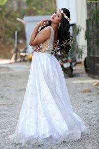 Ashmitha Karnani Exclusive Photo shoot