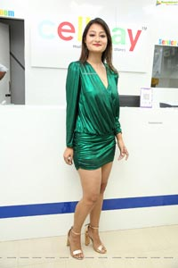 Nilofer Haidry at Cellbay Multi-Brand Mobile Store Launch