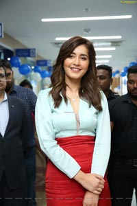 Rashi Khanna Dr. Agarwal's Eye Hospital Eye Care Centre