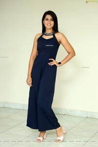 Viviya Santh at Angulika Trailer Launch