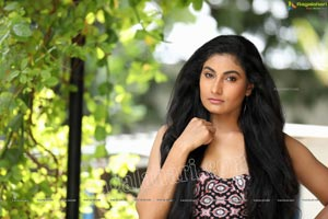 Saafi Kaur Exclusive Photo Shoot