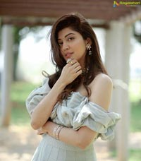 Pranitha Subhash Photo Shoot
