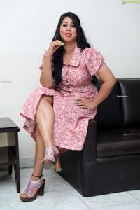 Arohi Naidu at Paisa Paramatma Press Meet