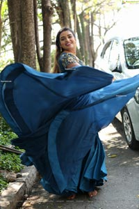 Ashi Roy at Savithri w/o Satyamurthy Movie Pooja Ceremony