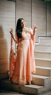 Mannara Chopra Latest HD Photo Gallery
