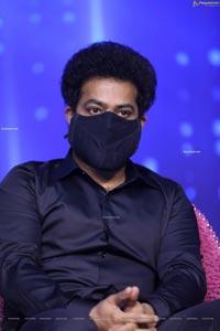 Jr NTR at Meelo Evaru Koteeswarudu Season 5 Press Meet