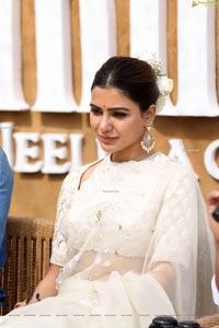 Samantha at Shakuntalam Movie Launch