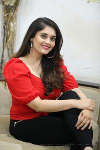 Surbhi at Sashi Movie Interview