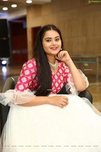 Vaanya Aggarwal in White and Pink Designer Lehenga
