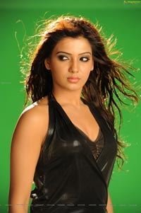 Hot Samantha in Sleeveless Black Leather Dress (High Definition)