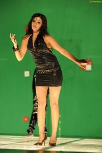 Hot Samantha in Sleeveless Black Leather Dress (High Definition)