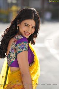Shruti Haasan from Gabbar Singh