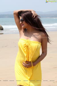 Tashu Kaushik Beach Shoot