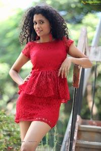 Pora Pove Heroine Soumya Sukumar