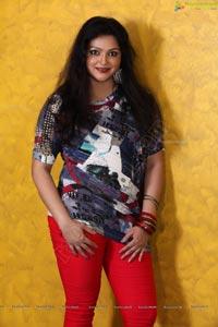 Subbu Movie Heroine Sonali Photos