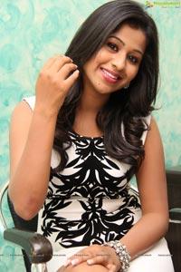 Telugu Heroine Manali Rathod