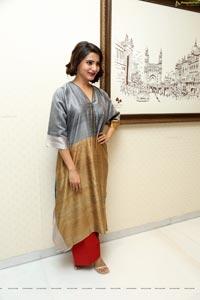 Samantha at Abhimanyudu Press Meet