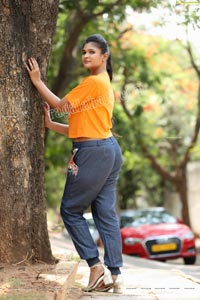 Twinkle Thomala in Yellow T-Shirt and Jeans