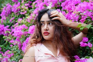 Sony Charishta no-makeup look