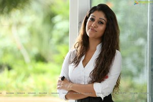 Nayantara Hot Stills from Aarambam