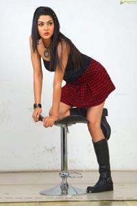 Sakshi Choudhary Hot Pics