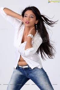 Parita Rajendra Vora Hot Photos