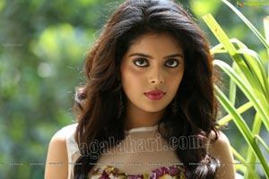 Shravyah Telugu Actress
