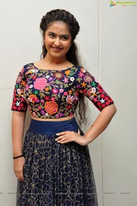 Avika Gor Photos