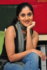 Dhanya Balakrishna in Jeans