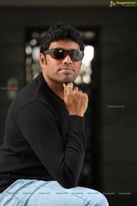 Rathnavelu Cinematographer