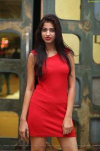 Naziya Khan at Fashion Walk by 51 Smile Foundation