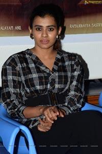 Hebah Patel at 24 Kisses Press Meet