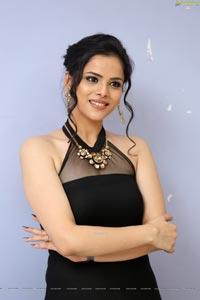 Kriti Garg at Raahu Teaser Launch