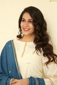 Lavanya Tripathi at Arjun Suravaram Interview