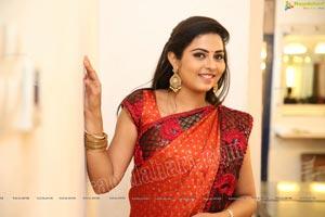 Madhubala at Ninne Pelladatha TV Serial Sets