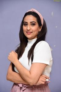 Manjusha at Taagithe Tandana First Look Launch
