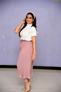 Manjusha at Taagithe Tandana First Look Launch