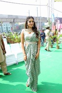Nidhhi Agerwal at Manepally Jewellers Kukatpally Showroom