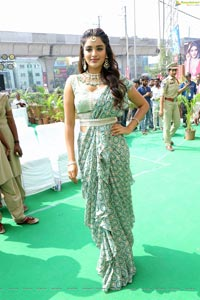 Nidhhi Agerwal at Manepally Jewellers Kukatpally Showroom