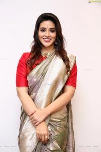 Priyanka Jawalkar at Kanchipuram GRT Silks