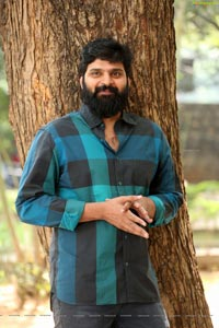 Sree Vishnu at Thipparaa Meesam Interview