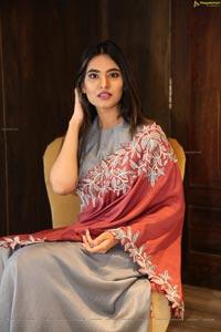 Vaishnavi Rao at Reina's X Carve Fashion Exhibition