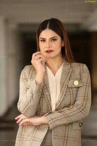 Zarine Khan Latest Photoshoot