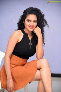 Riya at Taagithe Tandaana First Look Launch