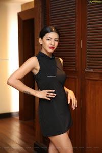 Kavita Mahatho at Sutraa Lifestyle Exhibition