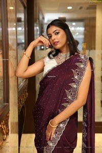 Khushboo Maheswari at Manepally Jewellers Dhanteras Show