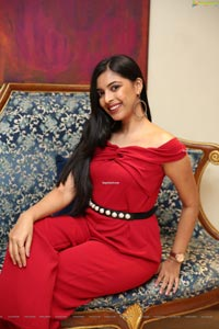 Khushboo Maheswari at Sutraa Lifestyle Exhibition