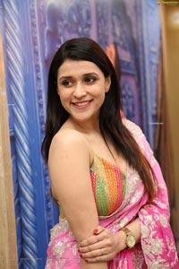 Mannara Chopra at Sri Krishna Silks Wedding Collection
