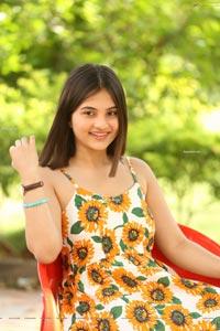 Ramya Pasupuleti at Commitment Teaser Launch